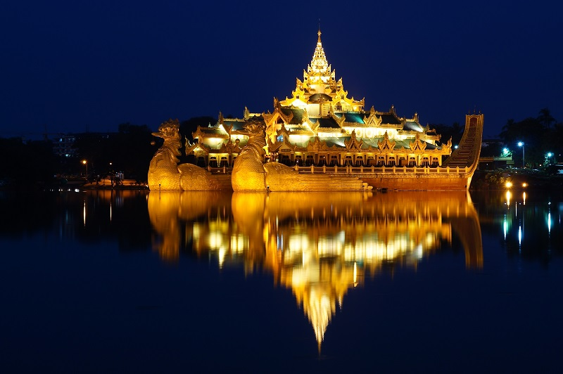 YANGON - KYAIKHTIYO (GOLDEN ROCK)- BAGO , bay Vietnam Airlines